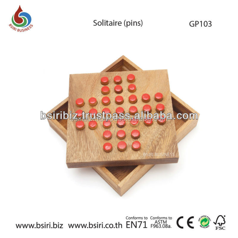 TRADITIONAL CLASSIC SOLITAIRE WOODEN BOARD
