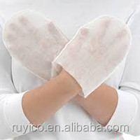 hand shaped disposable nonwoven washing gloves in kitchen