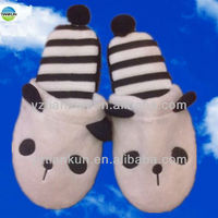 Hot super lovely slippers, Christmas indoor slippers