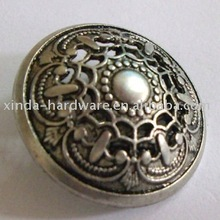 Hollow metal sewing button