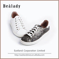 Newest cheap price fashion printed snake leather women's gum sneakers shoes