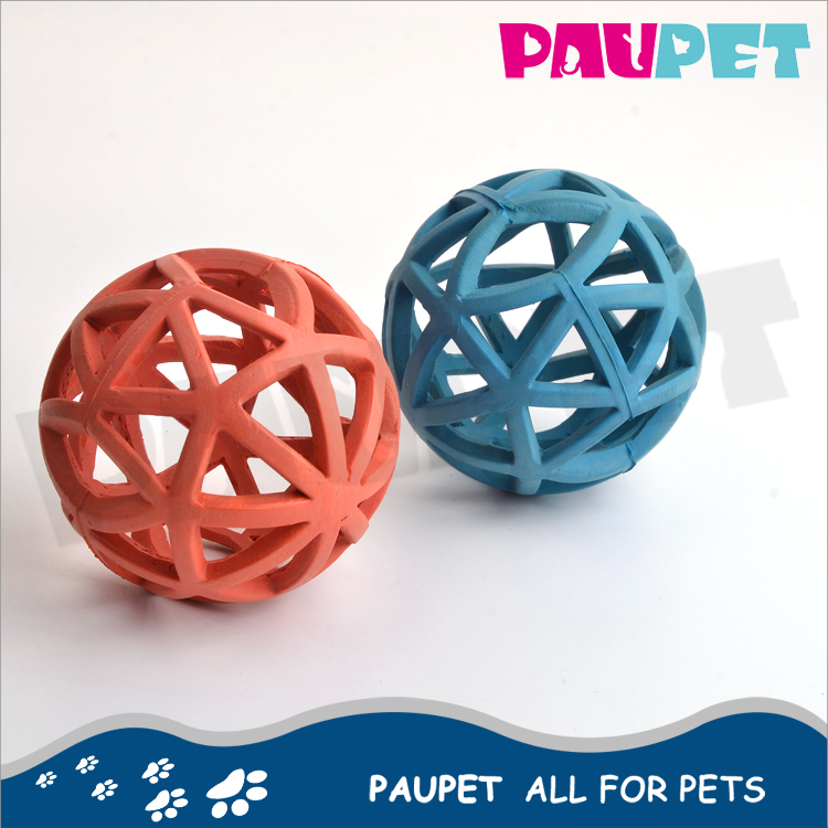 Cleaning pet ball chewing dog chew toy rubber treat ball with hole rubber dog balls