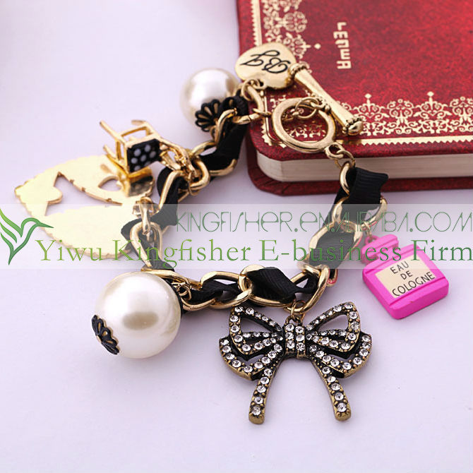 Hot sale alloy chain cloth woven bracelet pearl beads crystal bow chair acrylic fashion charm bracelet women wholesale