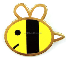 Wholesale Customized Design Honey Bee Souvenir Lapel Pin Metal Hard Enamel Badge Art Crafts With Gold Plating
