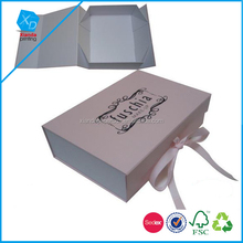 Ribbon bow closure protection and storage Folding Paper packaging Shoe box for women