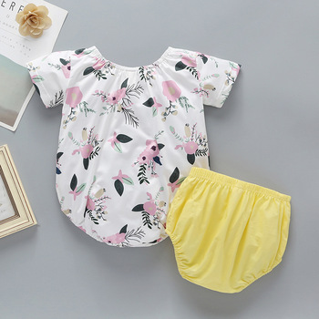 2019 cheap cotton bright colors comfortable breathable baby girl clothing set with good quality