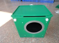 Plastic rabbit nest box