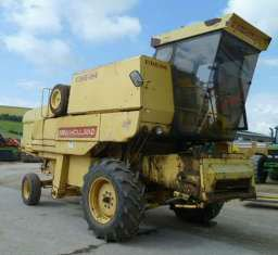 New Holland Combine Harvester 8060 (Used)