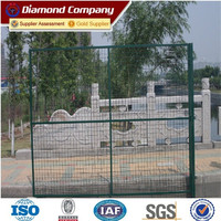 PVC coated welded wire mesh panels / low price welded wire mesh fence panels / pvc coated 1x1 wire mesh fencing