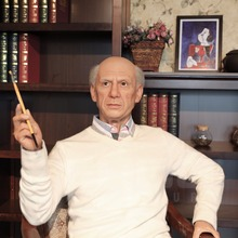 Super Realistic Spanish Painter Pablo Picasso Silicon Wax Figure for Sale