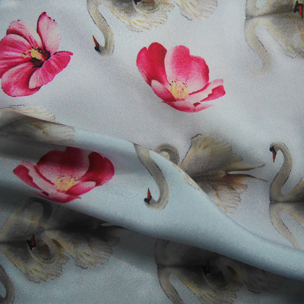 Professional Custom Digital Print Polyester Fabric