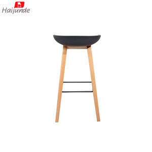 Wood leg Black color plastic seat counter kitchen bar chair stool