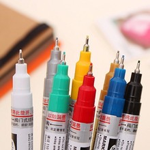 Uni brand Wholesale high quality fabric paint marker Promotional waterproof permanent indelible paint marker pen