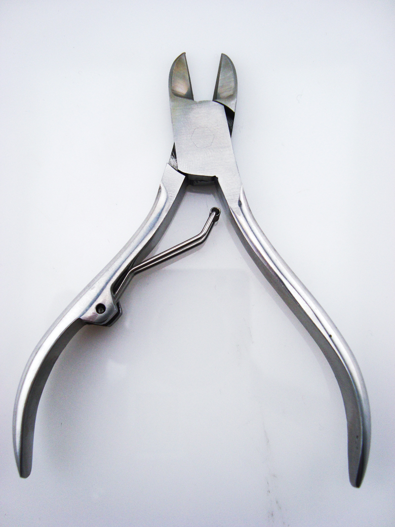 wholesale professional free sample stainless steel metal iron sharp scissor cutter cuticle nipper toe nail clippers