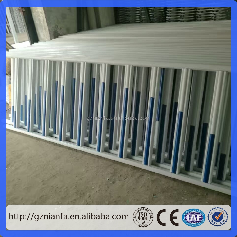 2016 hot sales designed PVC dog plastic fence