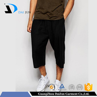 Daijun oem 2016 new design jogger plain black half pants for men