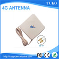 High quality good price white 28dbi crc9 connector panel 4g antenna for Huawei