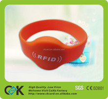 Custom logo multifunctional silicone RFID wristband with competitive price