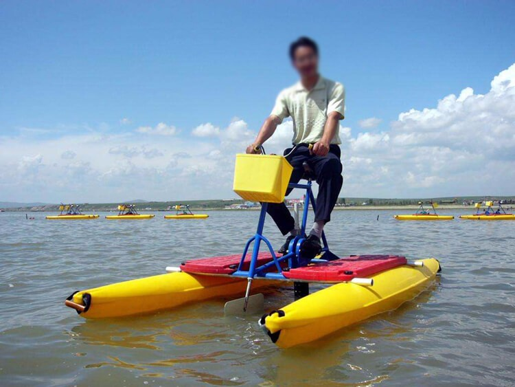 Adult pedal waterbike/water bicycle