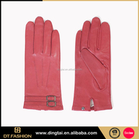 Soft touching italian leather working glove