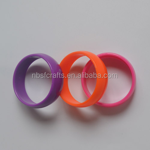 Cute cheap kids bracelets, plastic bangles