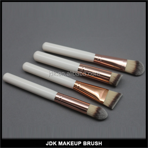 Custom logo mineral cosmetic foundation brush with cream color