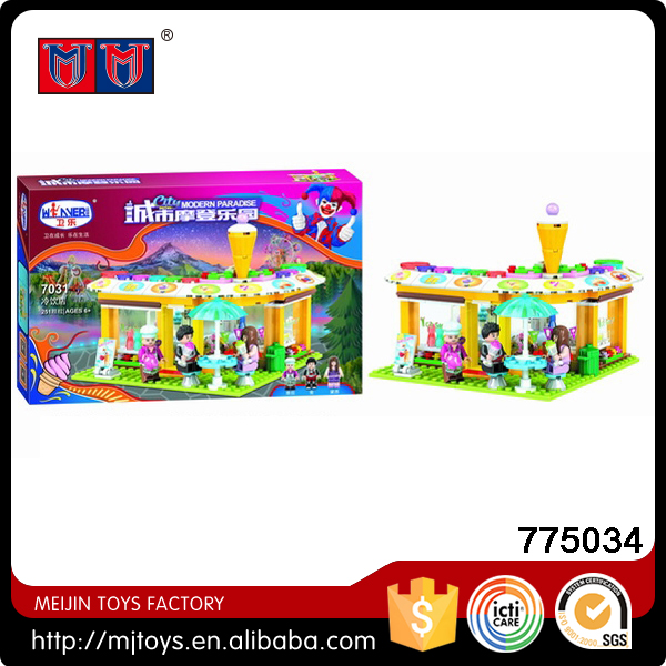 Hot selling City Modern Paradise 251pcs Plastic Construction Toy Building Blocks Play Set for kids