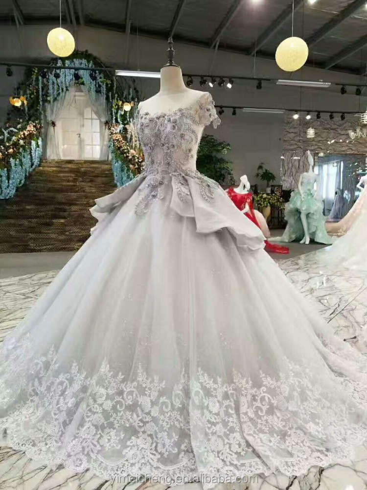 Newest design guangzhou customized bride dress appliqued crystal wedding puffy gown