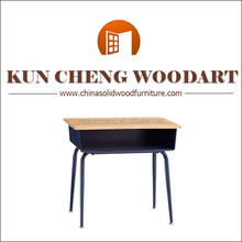 Metal legs solid wood material children table top/China Golden Supplier high quality student desk