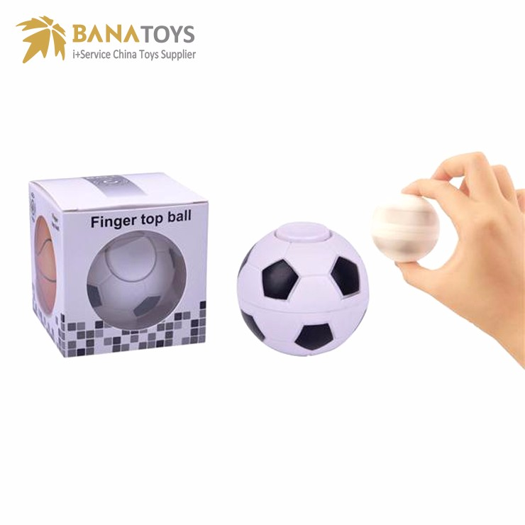 2018 latest toy craze rotating football soccer toys finger <strong>ball</strong>