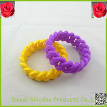 Purple and yellow twisting wrist bands,custom rubber wrist band,plain silicon bracelets,new products 2013