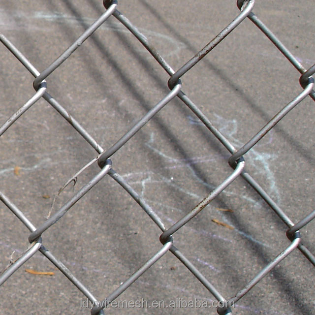 Wholesale Chain link woven fence/ Galvanized diamond wire mesh/ Discount chain link fence for sale