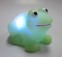 design eco-friendly rubber green Cute Frog bath toy for kids