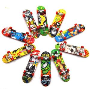 Hot sale Finger Skate Boarding promotion toys / skateboard toys