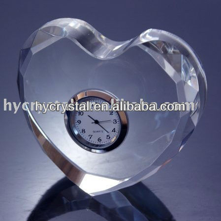 wedding favor heart shape crystal table clock