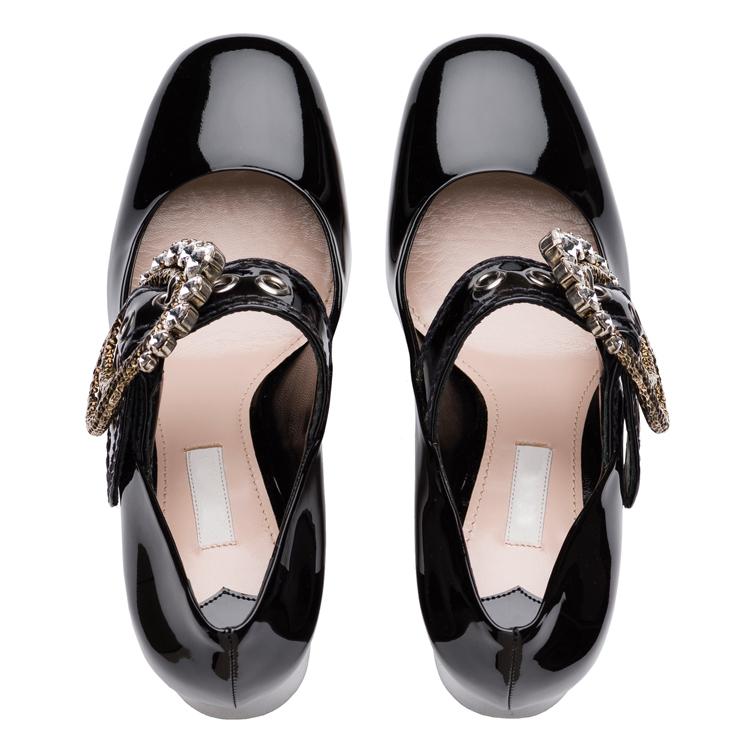 이탈리아어 최신 새로운 디자인 새로운 모델 도매 중국 멋진 좋은 가죽 사무실 패션 레이디 신발