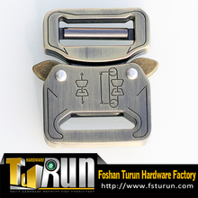 OEN/ODM Wholesale factory Antique Brass Zinc Alloy Tactical Cobra Buckle