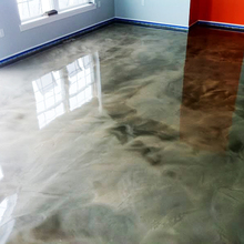 High gloss metallic epoxy floor coating