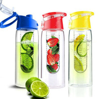 High quality 700mL sport high quality tritan plastic fruit juice infuser water bottle factory directly