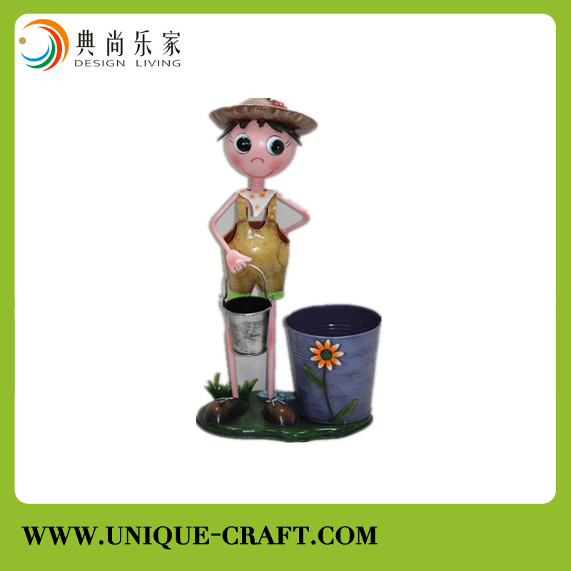 2016 metal little child with planter for garden bucket decoration