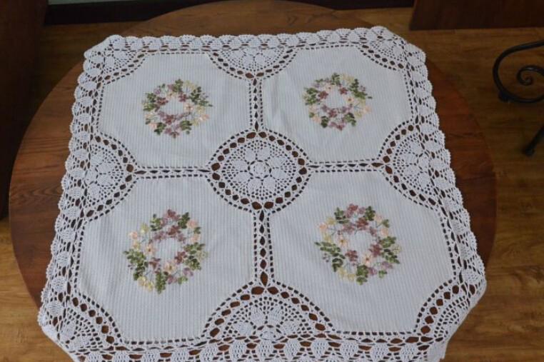 Besondere artikel: Band Handgemachte Blumen bestickte Tischdecken ...