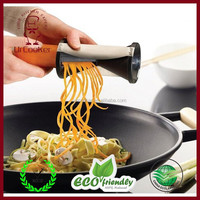 Household kitchen wholesale vegetable fruit spiral slicer/vegetable spiralizer stainless steel spiral vegetable slicer spirell