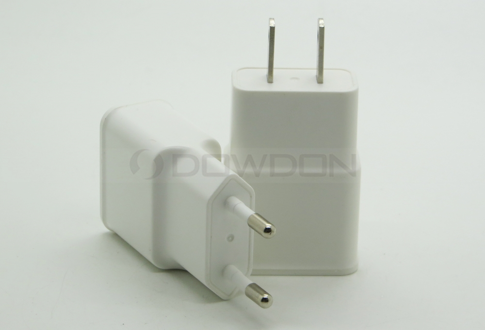 5V 2A Dual USB 2-Port US EU Plug Wall Charger Adapter for iPhone Samsung Phones