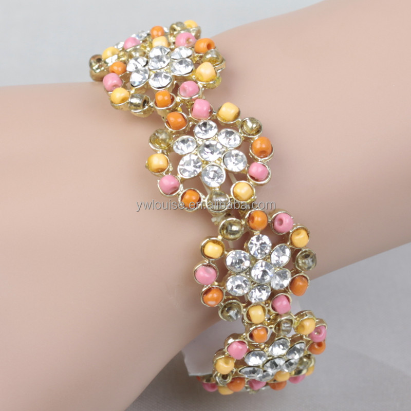 Trendy Design Seedbeads Rhinestone Crystal Flower Shape Alloy Stretch Gift Bracelet Yiwu Custom Jewelry