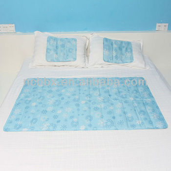Snowflakes Double Cool Mat