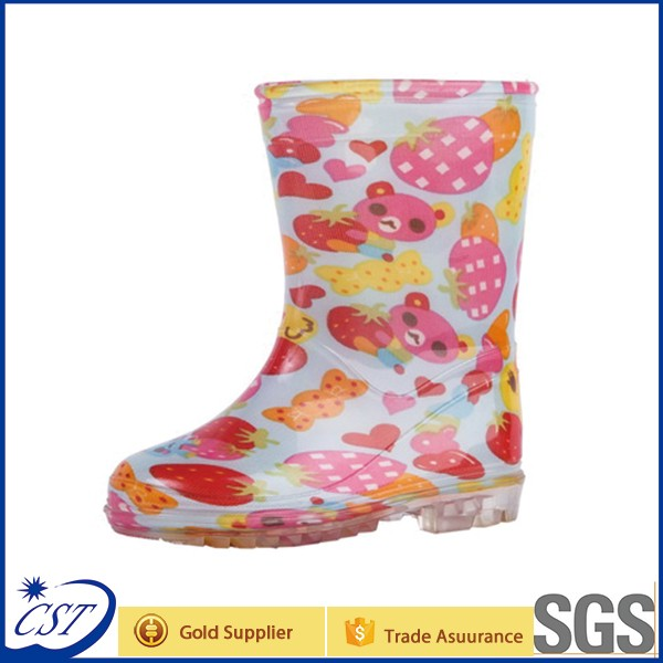 Girls lovely Kids PVC rain boots with led lighter
