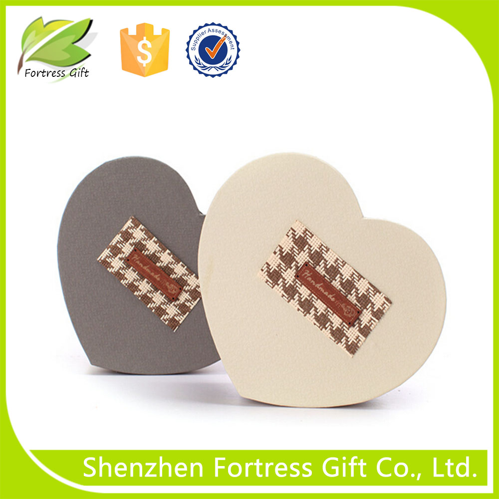 food safety heart shaped chocolate paper box