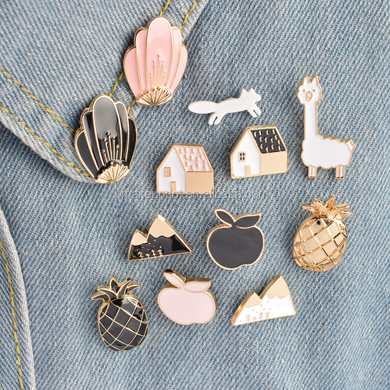 Fashion design wholesale 1 Set pineapple Apple Alpaca Fox Flowers Houses Metal Cute Enamel Pin Set Fashion Jewelry Accessories