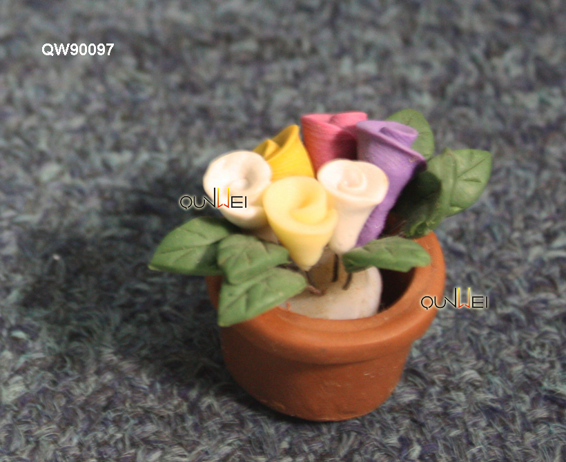 Miniature Dollhouse indoor luxurious mini tulip flower, mini poly plant