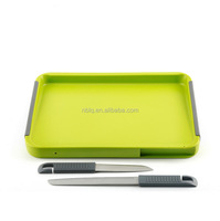 Amazon Stock Eco- friendly Plastic Cutting Board With two Knife
